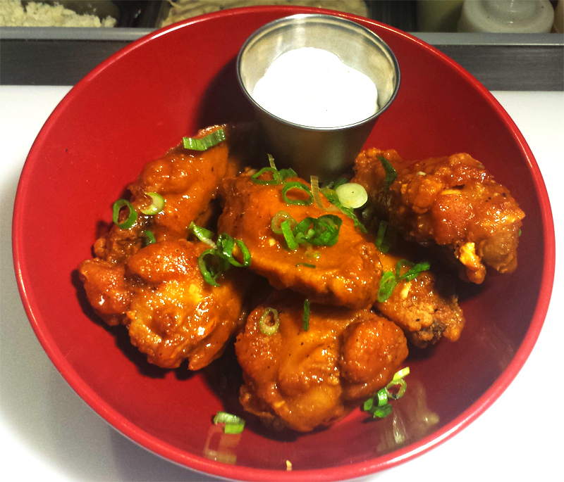 taco-dive-bar-wings